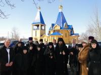 В Светлый Понедельник  Епископ Петропавловский  и Камчатский  Артемий  совершил Божественную Литургию в Свято-Казанском женском монастыре.Фоторепортаж
