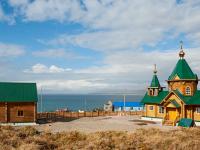 Святейший Патриарх Кирилл наградил В.С. Груздева и В.А. Леонтьева за помощь в строительстве храмового комплекса на Командорских островах