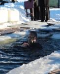 19 января, в праздник Крещения Господня епископ Артемий освятил воду в районе ГРС и принял участие в традиционном купании
