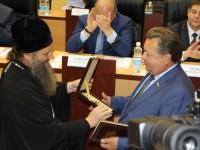 Епископ Петропавловский и Камчатский Артемий поздравил с 60-летием Невзорова Б.А.