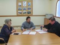 Подписано соглашение о сотрудничестве между МБОУ «Основная школа №37″ и храмом в честь Казанской иконы Божией Матери пос. Авача