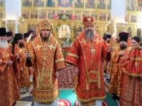 Соборное богослужение духовенства епархии. Встреча Благодатного огня