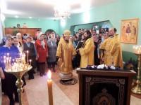 Епископ Феодор возглавил Божественную литургию в престольный праздник храма прп. Серафима Саровского в г. Вилючинске