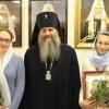 Архиепископ Артемий поздравил регента Кафедрального Собора Ирину Тымчук и певчую Людмилу Асфандиярову с юбилеем.