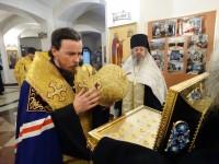 В Морском соборе встретили ковчег с мощами святых воинов