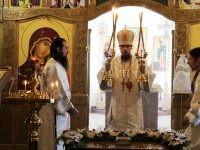 Управляющий Камчатской епархией совершил вечерню с Литургией в день Великой субботы в Морском соборе