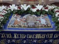 В канун праздника Успения Богородицы Архиепископ Феодор совершил всенощное бдение в верхнем храме Морского собора