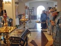 Архиепископ Феодор совершил утреню с чином Погребения Пресвятой Богородицы в Морском соборе
