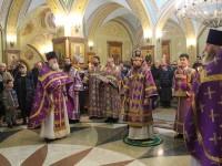 В Неделю Торжества Православия Архиепископ Феодор совершил Литургию в Свято-Троицком кафедральном соборе