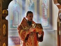 В день памяти апостола и евангелиста Марка Архиепископ  Феодор совершил Литургию в Кафедральном соборе
