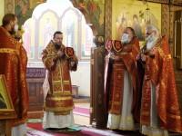 В Неделю 5-ю по Пасхе Управляющий епархией совершил Литургию в Кафедральном соборе