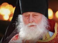 «Вы должны молиться как дышать». О духовном наставнике братии Камчатского Свято-Пантелеимонова мужского монастыря
