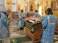 Правящий архиерей совершил всенощное бдение с чином Погребения Пресвятой Богородицы в Кафедральном соборе