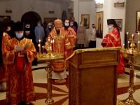 Божественная литургия и молебен в день Усекновения главы Иоанна Предтечи
