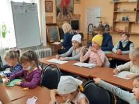 Занятия в Воскресной школе гарнизонного Свято-Андреевского храма г. Вилючинска