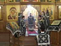 В среду первой седмицы Великого поста Архиепископ Феодор совершил Литургию Преждеосвященных Даров в Кафедральном соборе