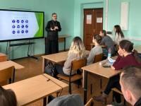 Руководитель молодежного отдела епархии  провел встречу со студентами