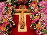 В Неделю Крестопоклонную Архиепископ Феодор совершил Литургию в Морском соборе
