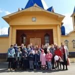 Воспитанники Воскресной школы Морского собора посетили женский монастырь с Пасхальными поздравлениями