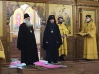 Литургия в день Всех русских святых