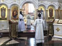 Литургия в праздник Воспоминания чуда Архистратига Михаила в Хонех. Праздник святых покровителей семьи