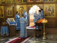 В праздник Рождества Пресвятой Богородицы архиепископ Феодор совершил Литургию в Кафедральном соборе