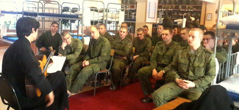 Воркутинец-срочник повесился в военной части в московской области, не дослужив один месяц