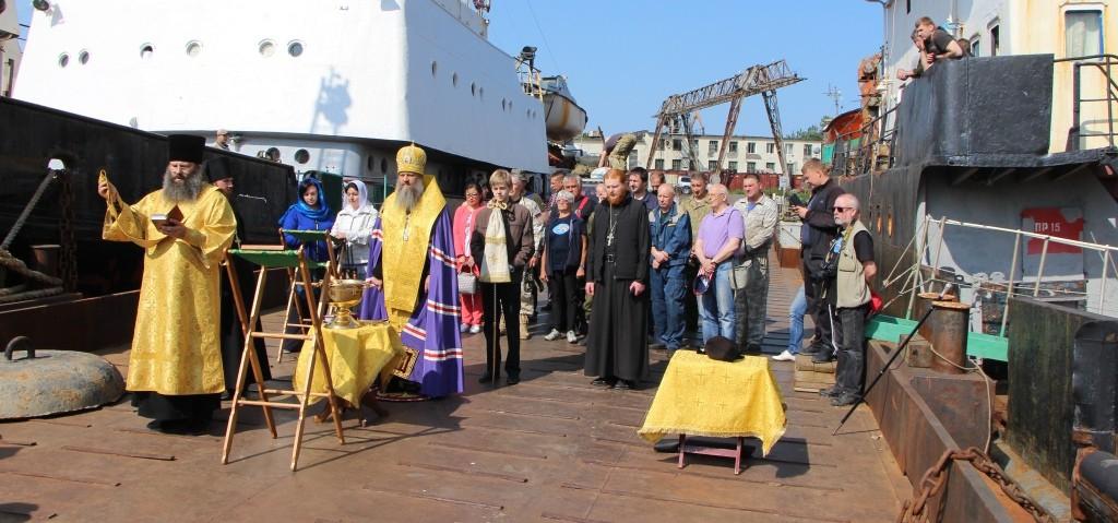 Архиепископ Артемий благословил начало 22 Камчатско-Курильской экспедиции