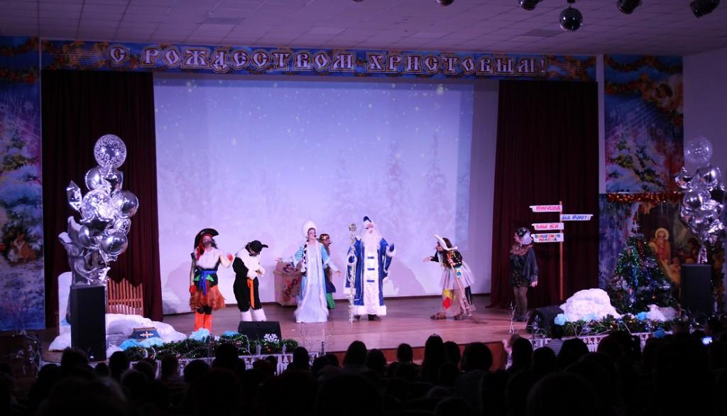 спектакль-новогодние-чудеса-в-волшебном-лесу
