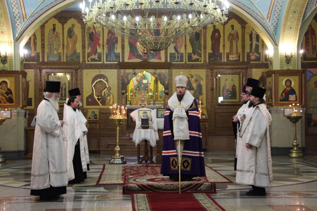 Встреча мощей святителя Спиридона Тримифунтского в Кафедральном соборе