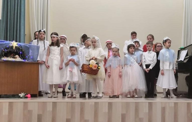 Выступление Воскресной школы Морского собора п. Ягодный