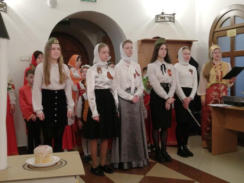 Выступление  9 мая в День Великой Победы перед прихожанами Морского собора