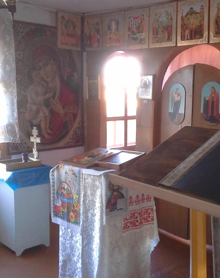 Убранство молельного дома в с. Манилы